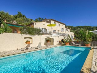Villa mit privatem Pool bei Cannes