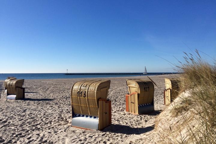 ferienwohnung 150 schritte zum strand in fehmarn burgtiefe. Black Bedroom Furniture Sets. Home Design Ideas