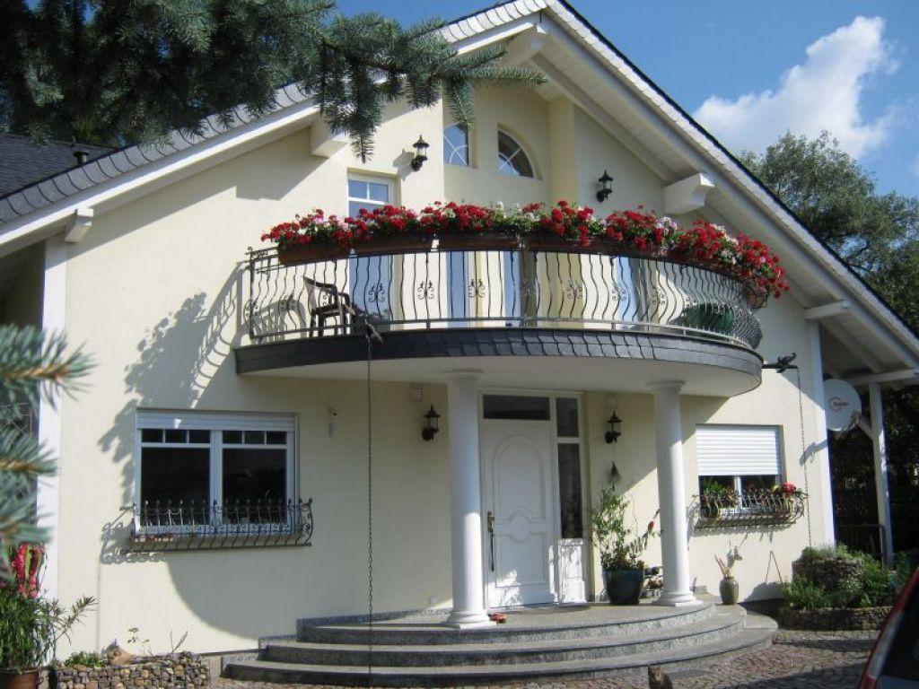 ferienwohnung luxusferienwohnung 120 qm in dresden kleinzschachwitz. Black Bedroom Furniture Sets. Home Design Ideas
