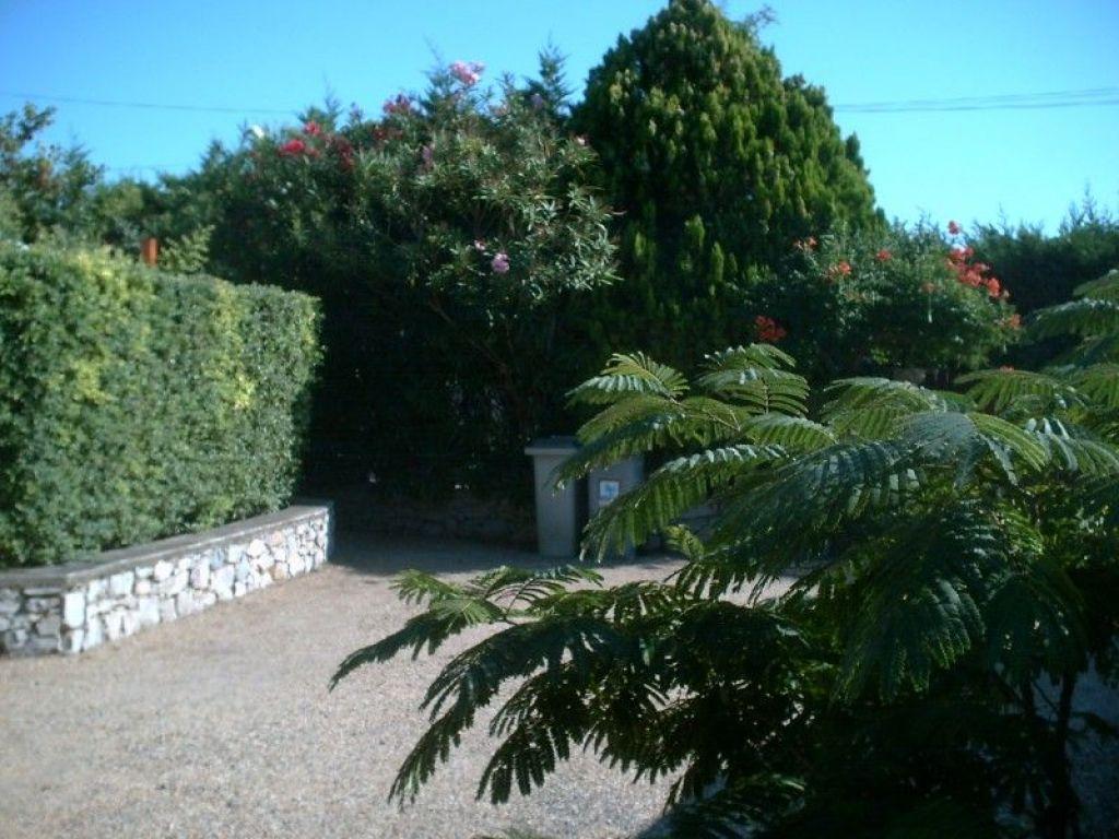 Ferienhaus jardin fleuri in marseillan languedoc roussillon for Jardin fleuri lyon 9