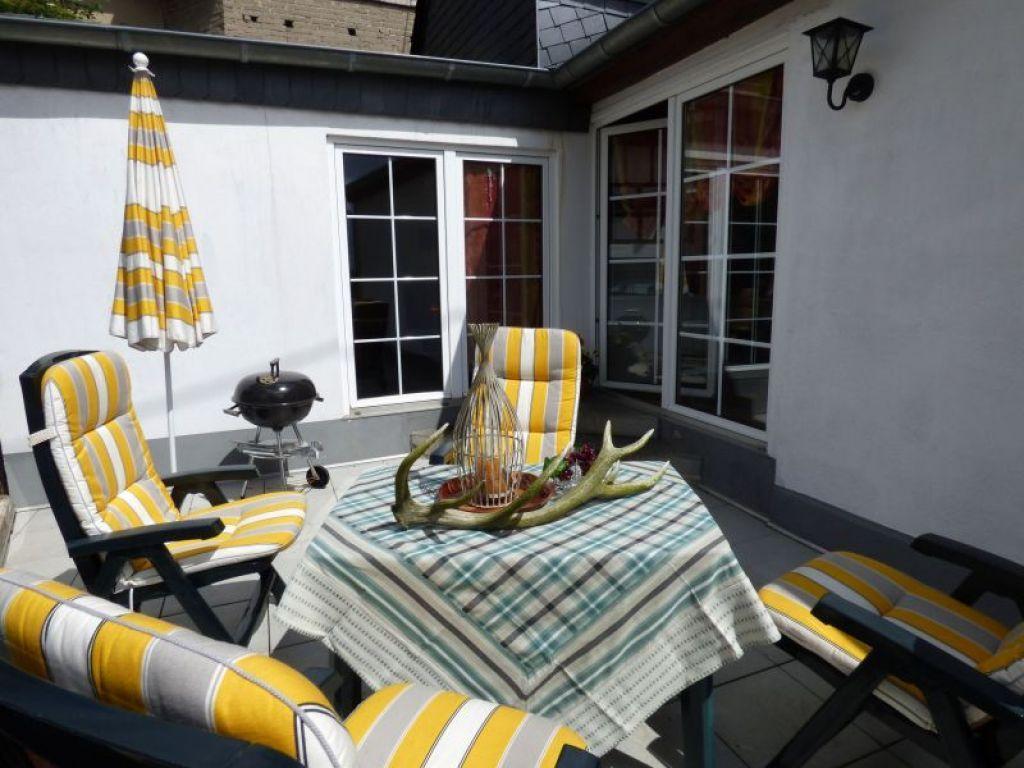 ferienhaus relaxen im urigen fachwerkhaus in wershofen. Black Bedroom Furniture Sets. Home Design Ideas